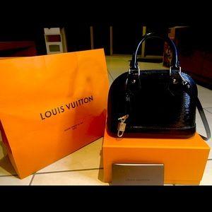 Louis Vuitton 95 New Alma BB Black M40862 PreOwned